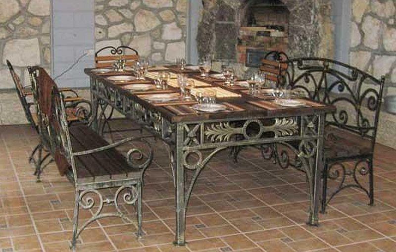 Кованая мебель романский стиль